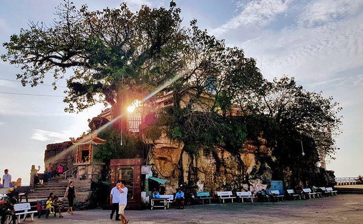 Dinh-Cau-Temple