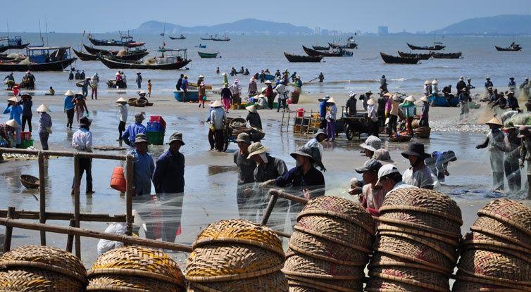 Ham-Ninh-Fish-Village 1
