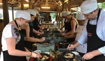 3 Hours Hanoi Cooking Class– Like Vietnamese Family