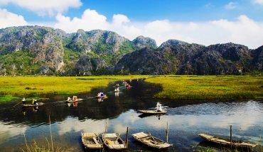 Hoa Lu Ancient Capital – Trang An Grottoes – Bich Dong Pagoda – Van Long Wetland 2 Days 1 Night