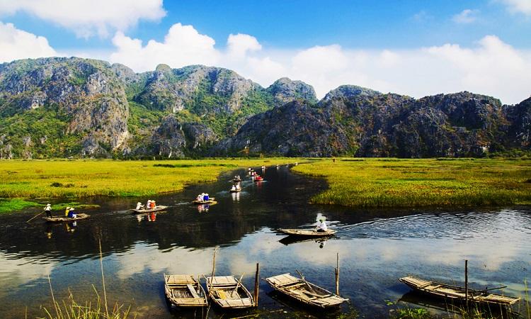 Hoa Lu Ancient Capital – Trang An Grottoes - Bich Dong Pagoda - Van Long  Wetland 2 Days 1 Night – Rubicon Tours