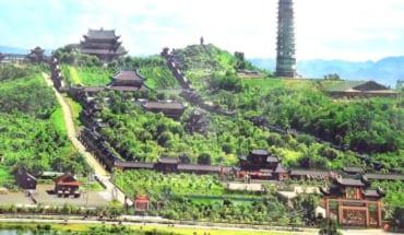 Full-Day Perfume Pagoda Small-Group Tour